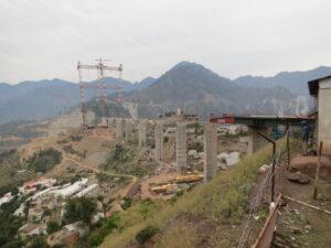 Chenabin siltatyömaa Intiassa