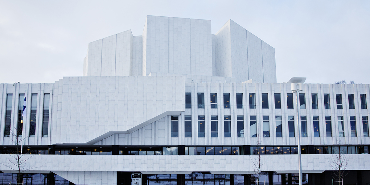 Finlandia-talon katolle asennetaan 150-170 aurinkopaneelia.